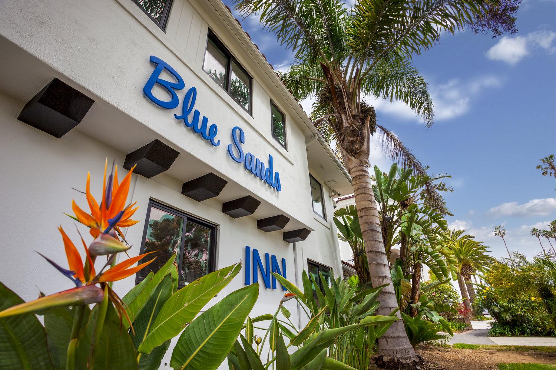 Blue Sands Motel logo