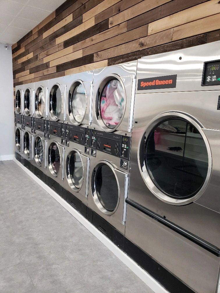 Sterling Laundry logo