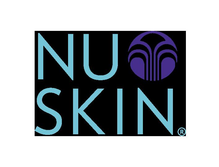 Blooming Nails logo