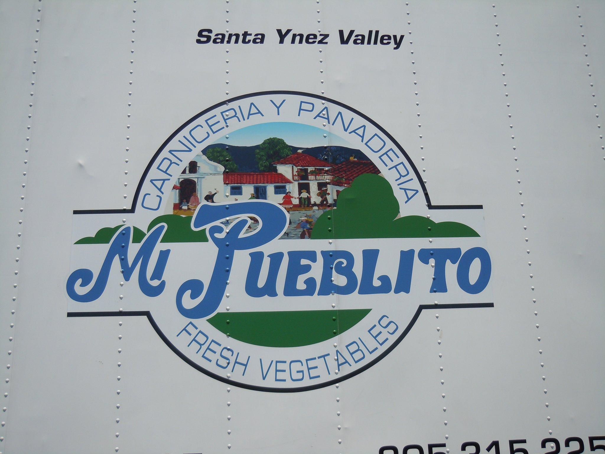 Mi Pueblito Market logo