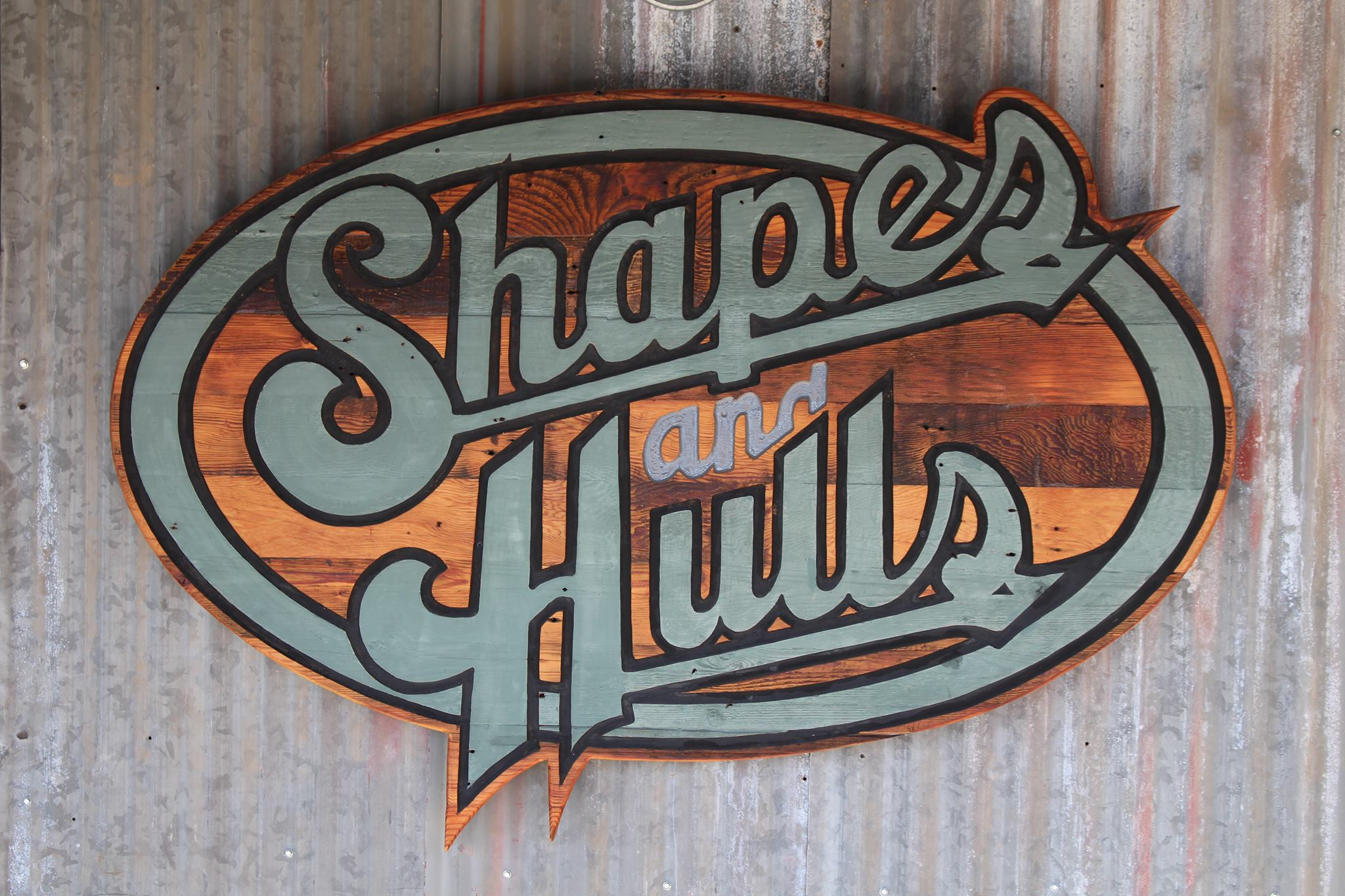 Shapes And Hulls logo