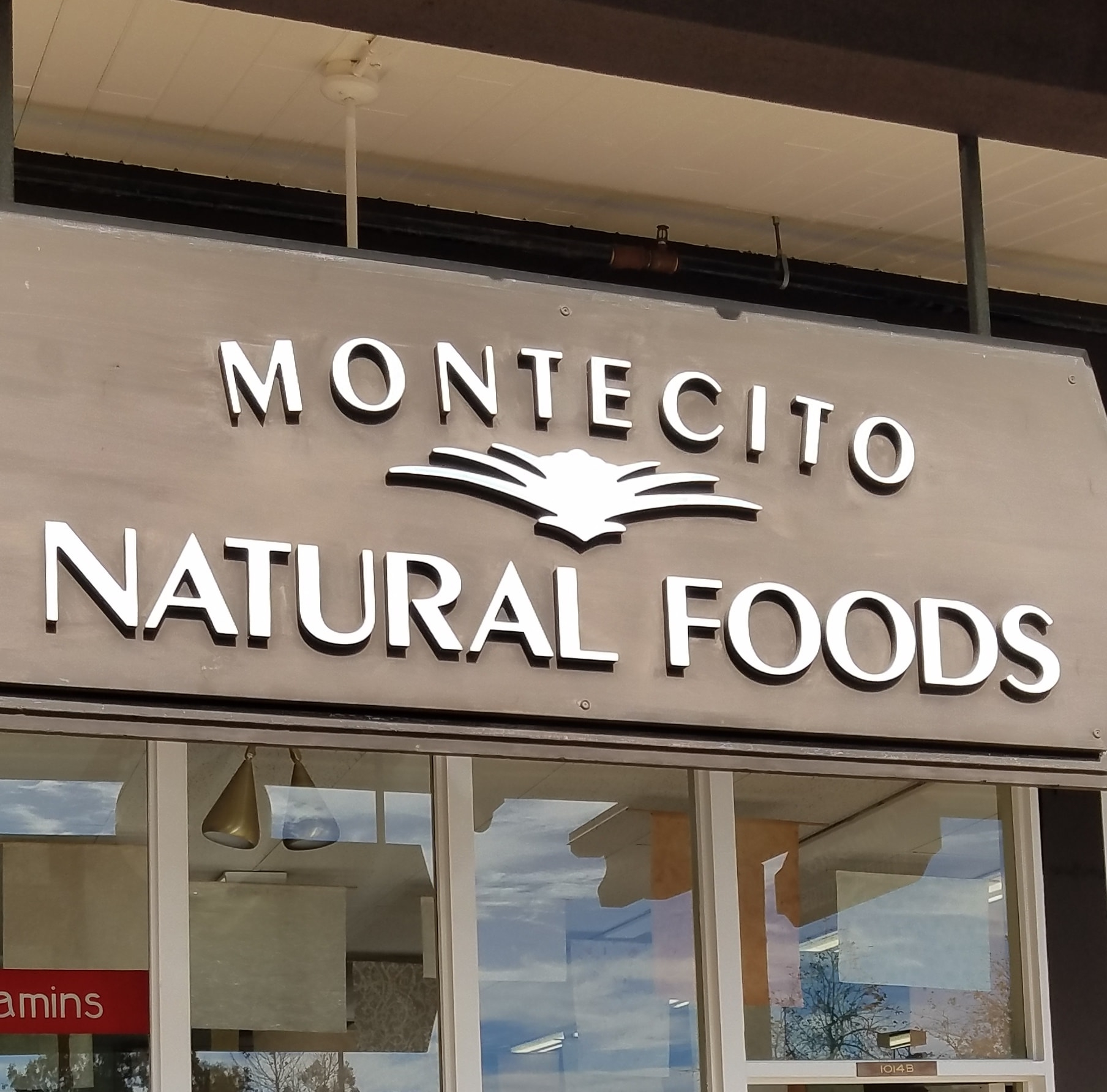 Montecito Natural Foods logo