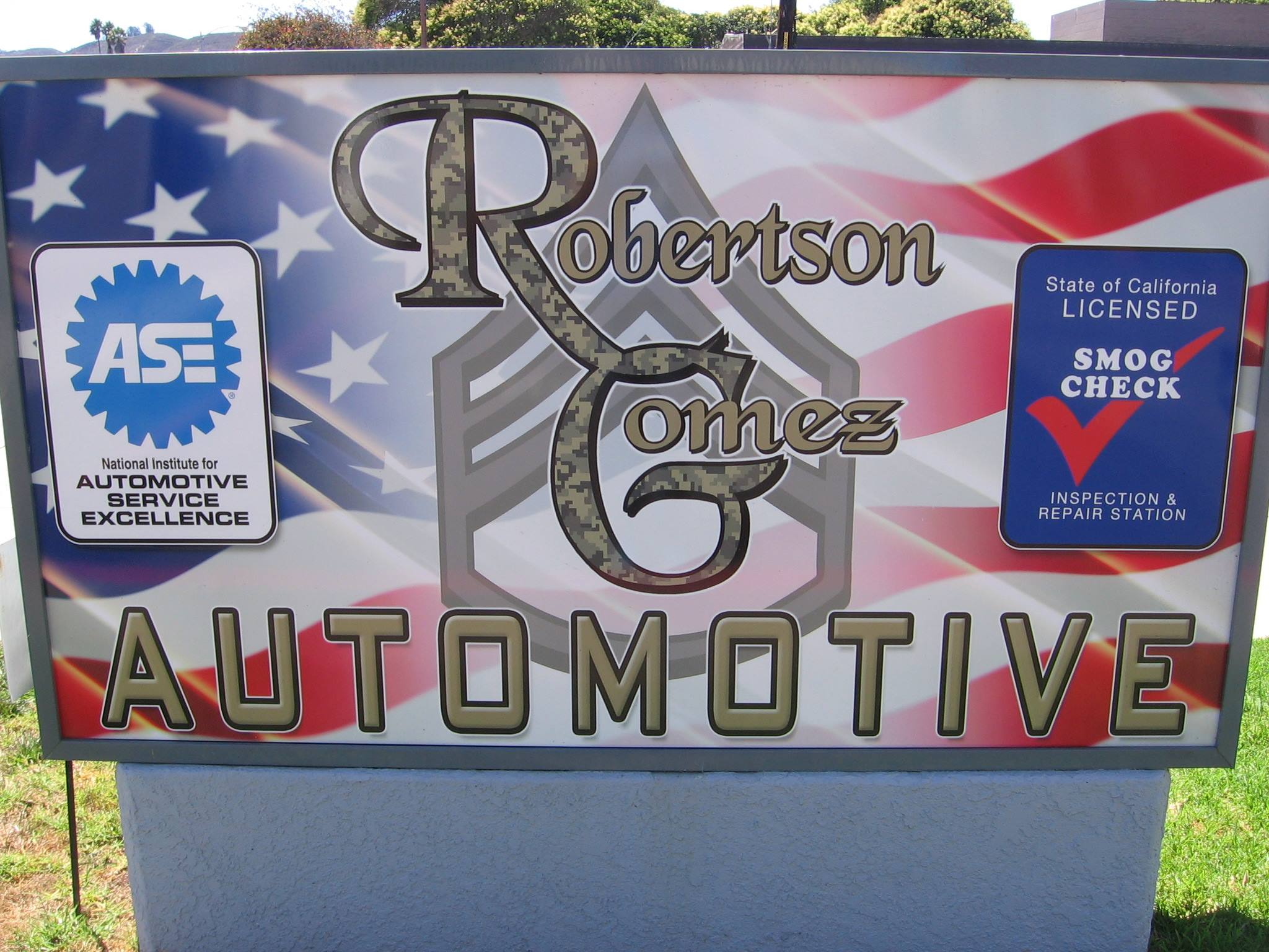 Robertson Gomez Automotive logo