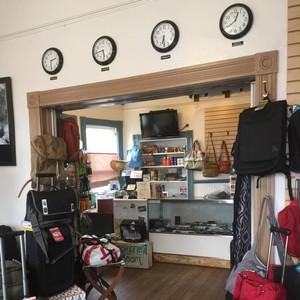 Photo uploaded by Handbag & Luggage Store