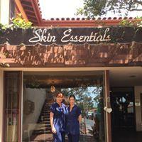 Skin Essentials logo