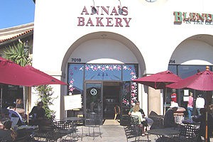 Photo uploaded by Anna's Bakery